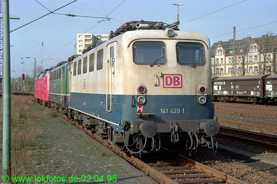 http://www.lokfotos.de/fotos/1995/0402/21158.jpg