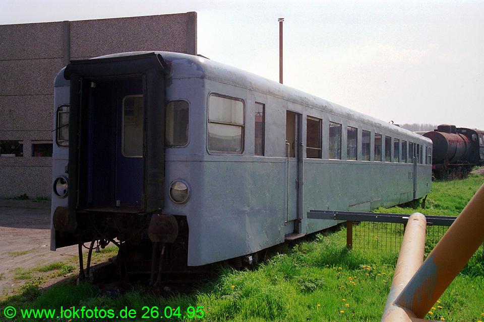 http://www.lokfotos.de/fotos/1995/0426/21748.jpg