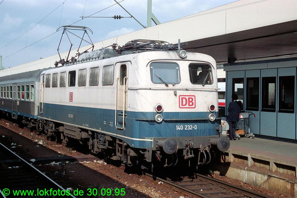 http://www.lokfotos.de/fotos/1995/0930/22532.jpg