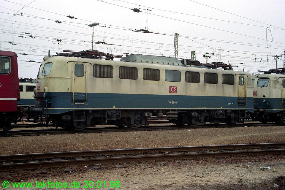 http://www.lokfotos.de/fotos/1996/0120/23904.jpg