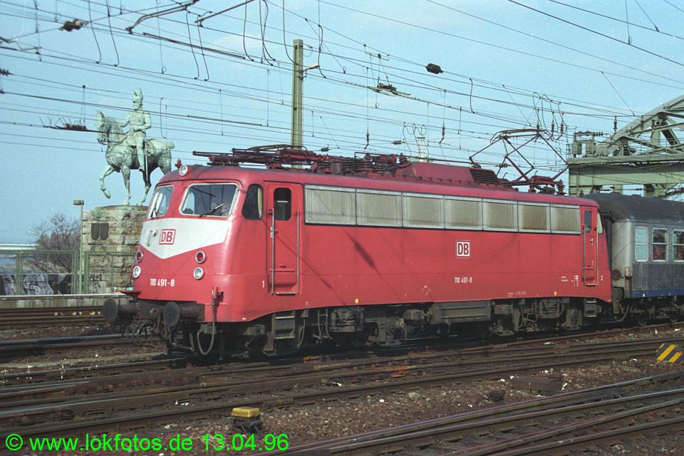 http://www.lokfotos.de/fotos/1996/0413/25621.jpg
