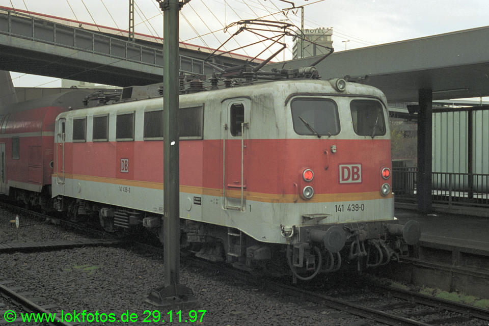 http://www.lokfotos.de/fotos/1997/1129/35642.jpg