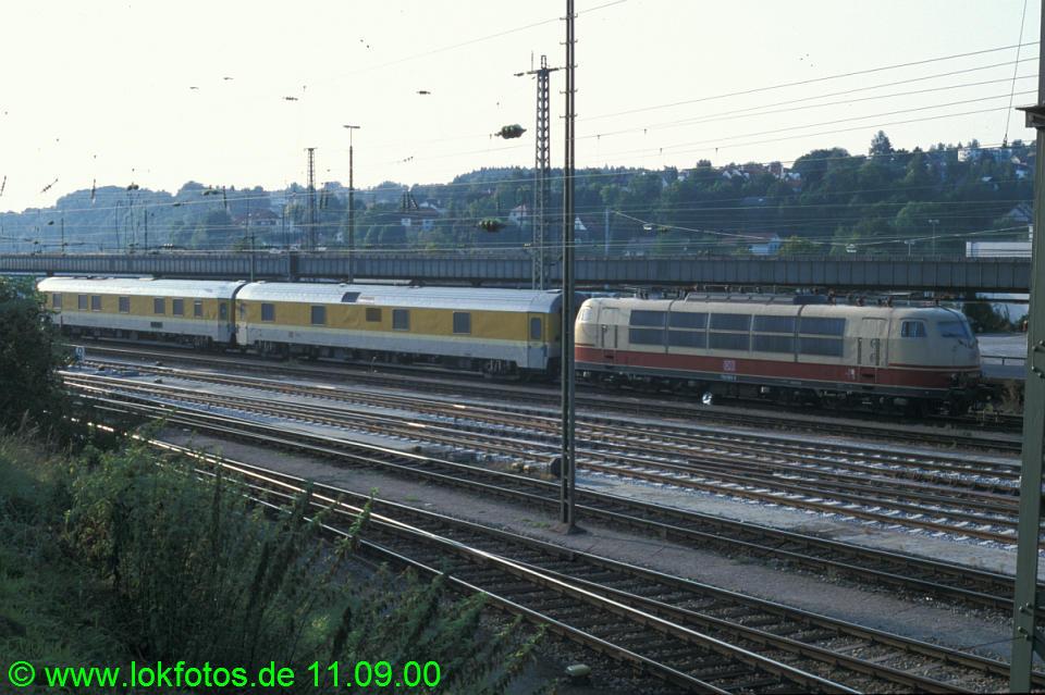 http://www.lokfotos.de/fotos/2000/0911/51705.jpg