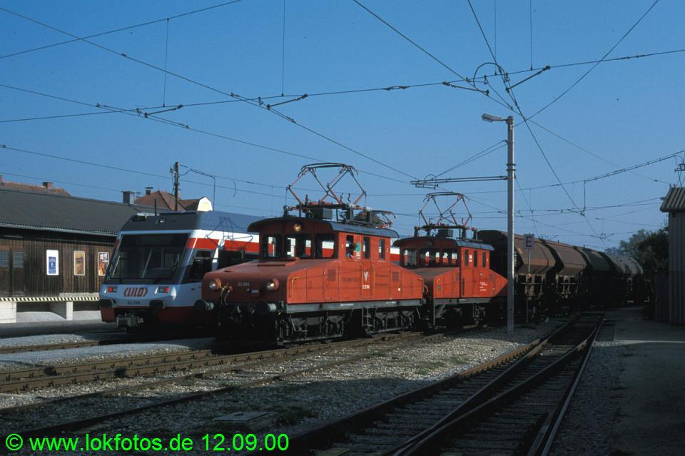 http://www.lokfotos.de/fotos/2000/0912/51721.jpg