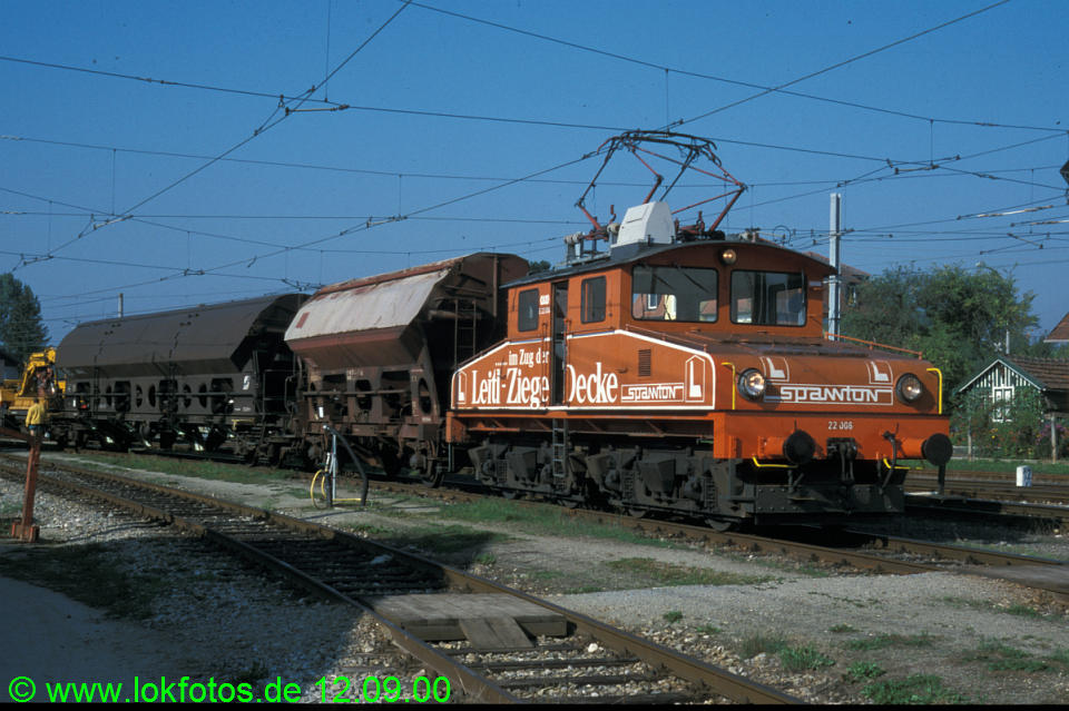http://www.lokfotos.de/fotos/2000/0912/51723.jpg