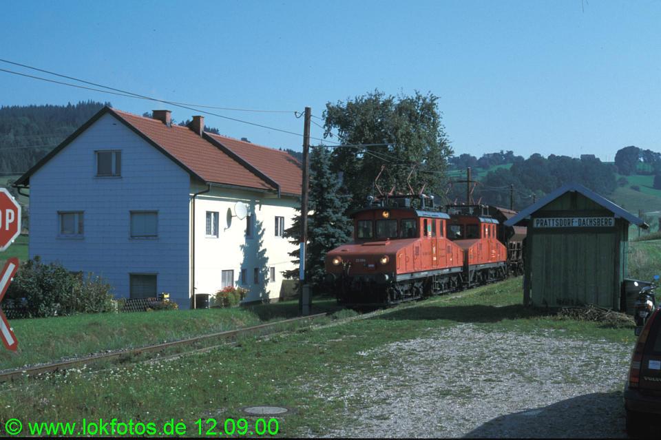 http://www.lokfotos.de/fotos/2000/0912/51724.jpg