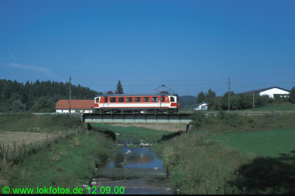 http://www.lokfotos.de/fotos/2000/0912/51733.jpg
