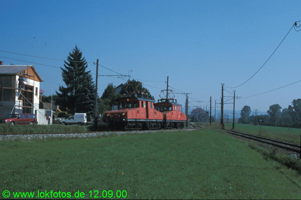 http://www.lokfotos.de/fotos/2000/0912/51734.jpg