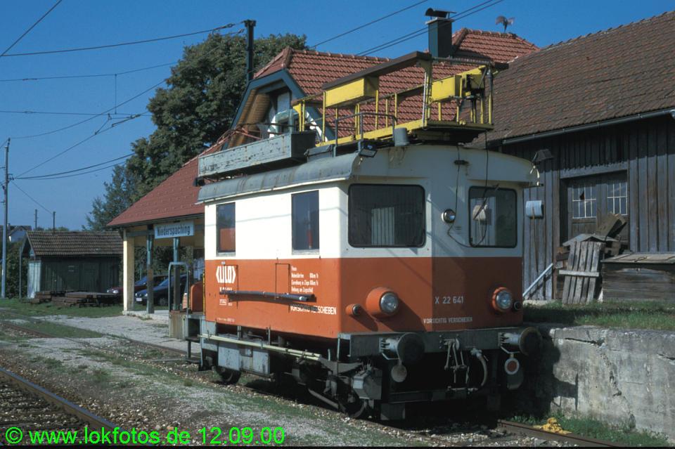 http://www.lokfotos.de/fotos/2000/0912/51736.jpg