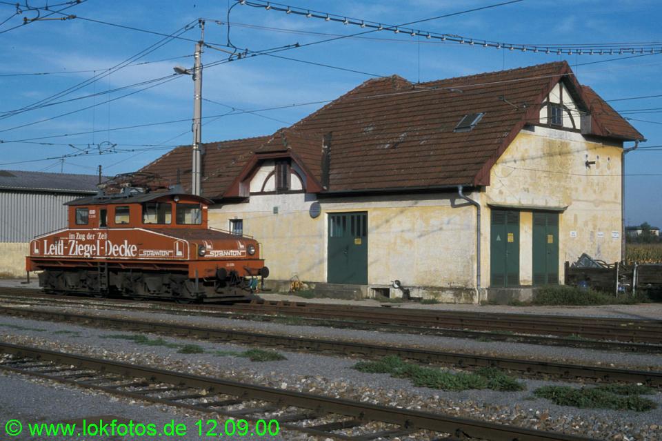 http://www.lokfotos.de/fotos/2000/0912/51824.jpg