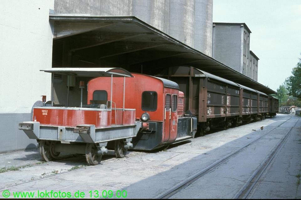 http://www.lokfotos.de/fotos/2000/0913/51910.jpg