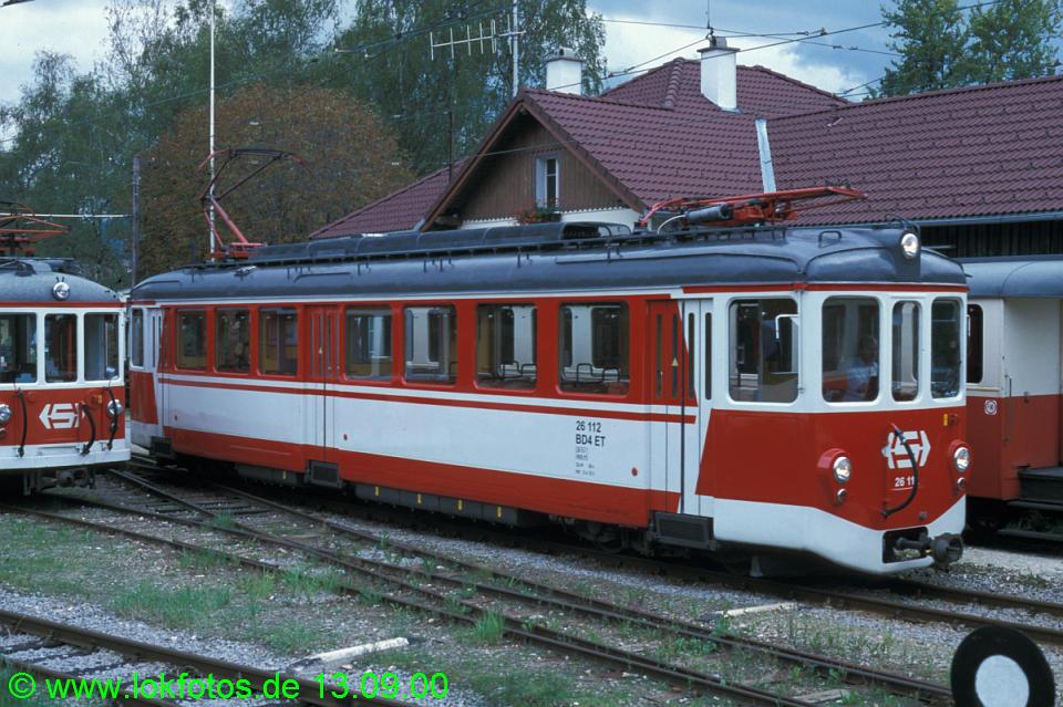 http://www.lokfotos.de/fotos/2000/0913/51919.jpg