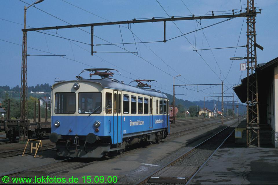 http://www.lokfotos.de/fotos/2000/0915/52102.jpg