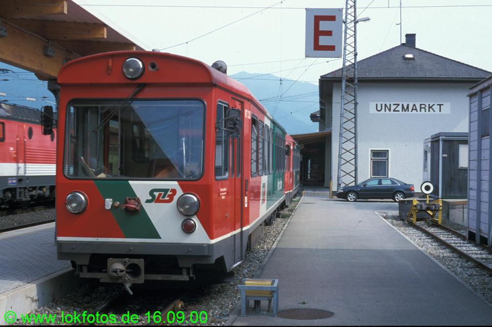 http://www.lokfotos.de/fotos/2000/0916/52118.jpg