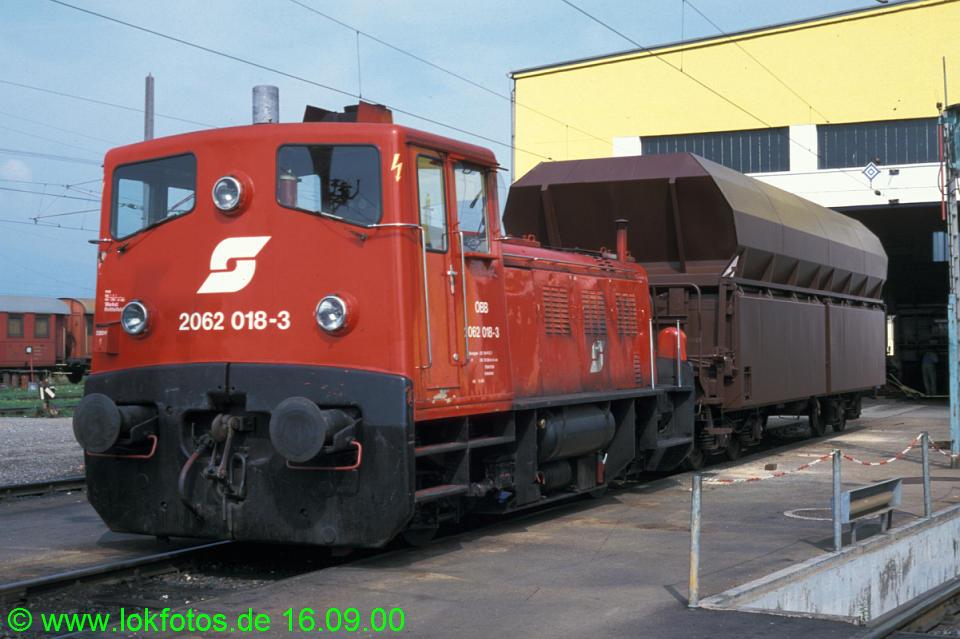 http://www.lokfotos.de/fotos/2000/0916/52126.jpg