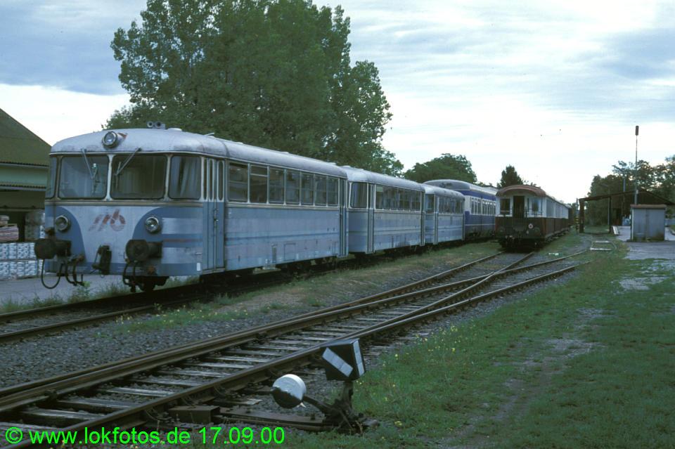 http://www.lokfotos.de/fotos/2000/0917/52134.jpg