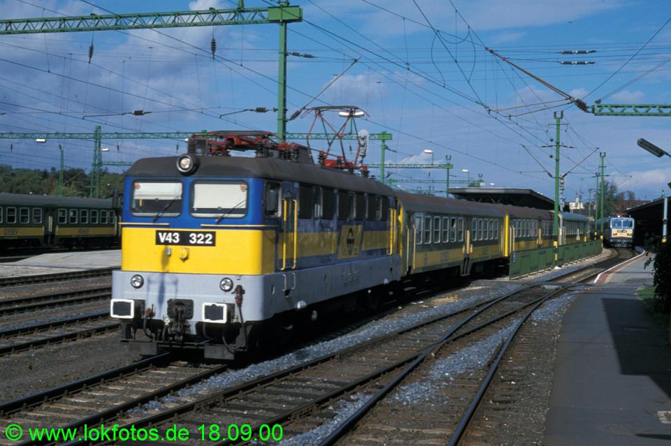 http://www.lokfotos.de/fotos/2000/0918/52231.jpg