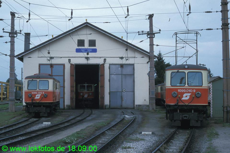 http://www.lokfotos.de/fotos/2000/0918/52303.jpg