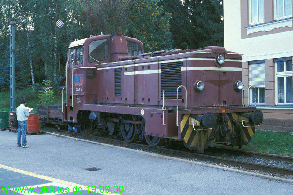 http://www.lokfotos.de/fotos/2000/0919/52401.jpg